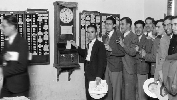 us__en_us__ibm100__ibm_founded__mexico_time_clock__620x350
